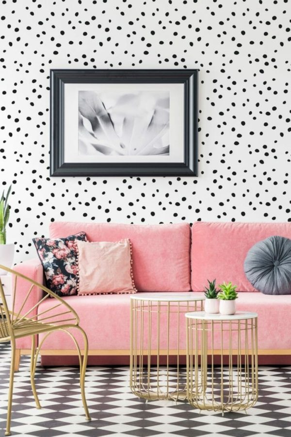 Black and white dotted wallpaper
