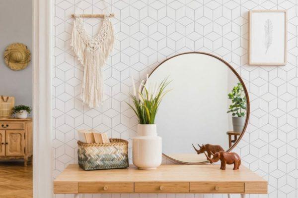 Removable white wallpaper