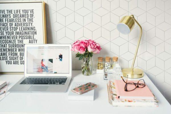 White hexagon self-adhesive wallpaper