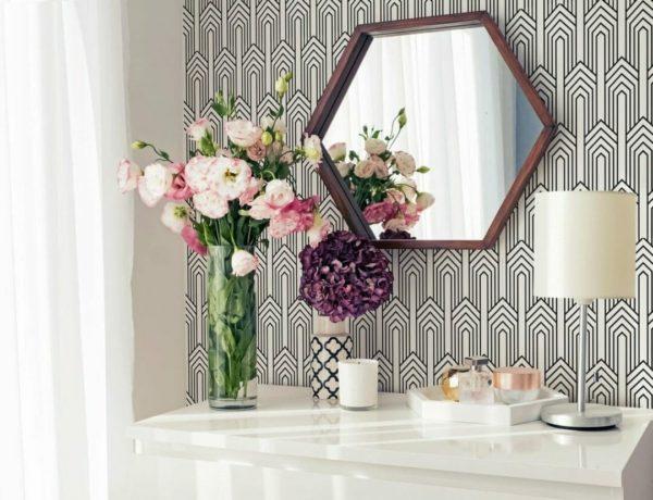 Black and white stripes self adhesive wallpaper