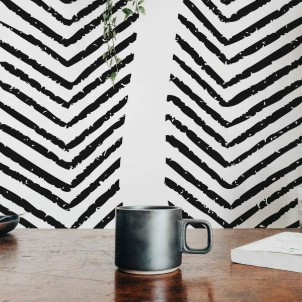 Black and white arrow design pattern