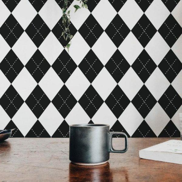 Black and white harlequin design pattern