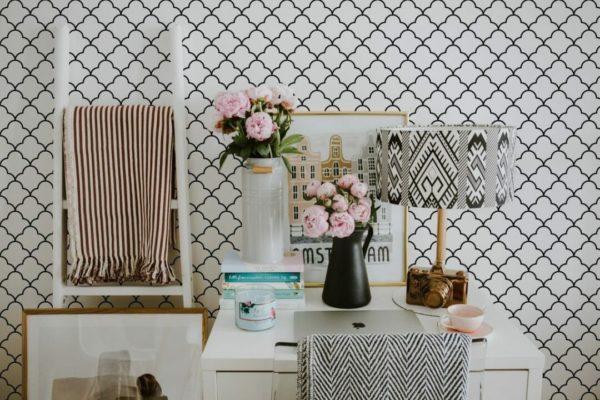 Black Moroccan lattice self-adhesive wallpaper