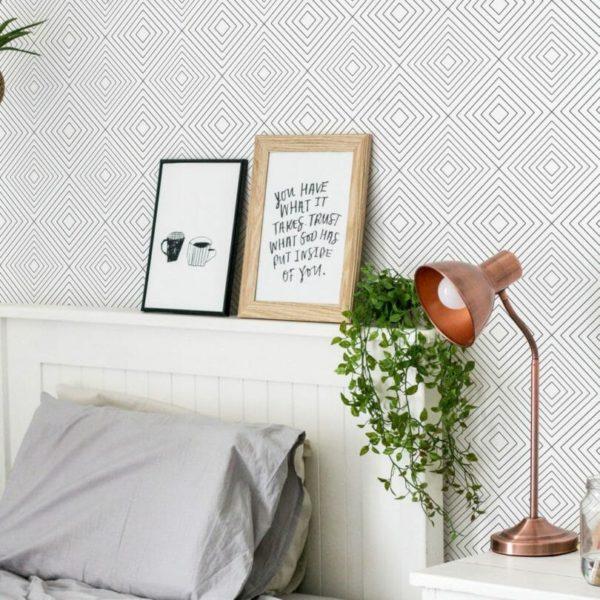 Grey and white geometric diamond design pattern