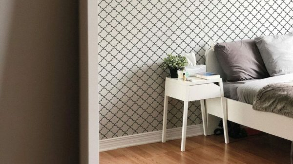 Peel and stick Moroccan lattice wallpaper