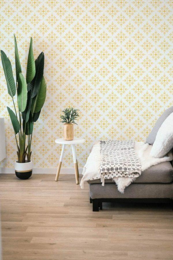 Yellow geometric shapes design pattern
