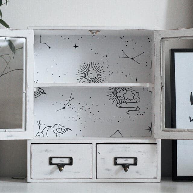 DIY-peel-and-stick-wallpaper-proejct