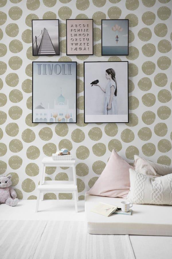 circle stick and peel wallpaper