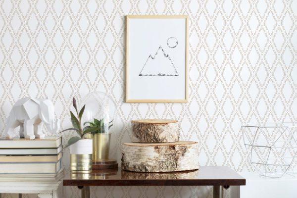 vanilla ornamental diamond wallpaper roll