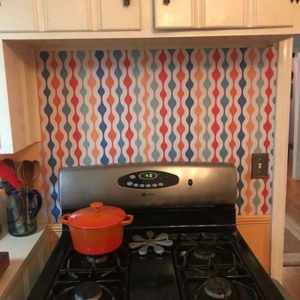 Retro style wallpaper in the kitchen